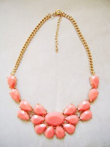 Forever 21 Coral Six Statement -bridesmaids Necklace