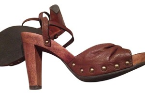 Banana Republic Leather Wooden Studded Tobacco Sandals