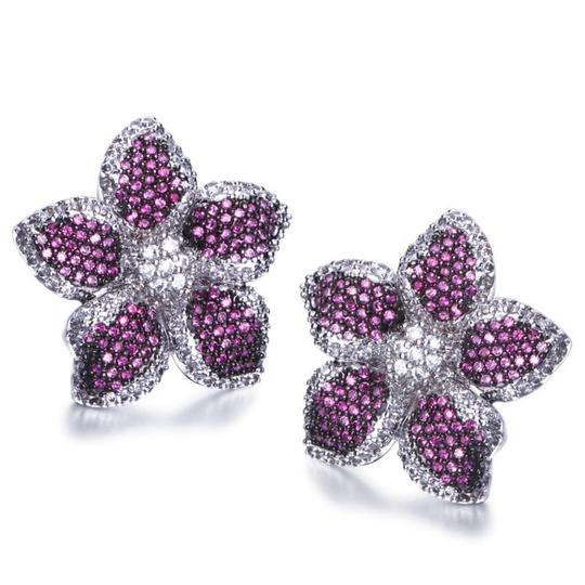 Czech Brand new flower design micropaved earrings Image 10