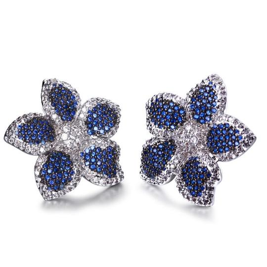 Czech Brand new flower design micropaved earrings Image 11