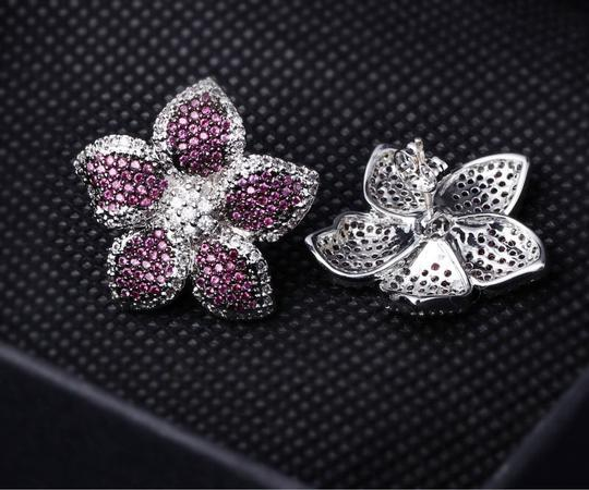 Czech Brand new flower design micropaved earrings Image 6