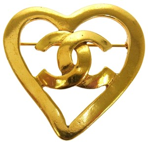 Chanel AUTH CHANEL VINTAGE CC LOGOS HEART MOTIF BROOCH PIN CORSAGE 95P FRANCE