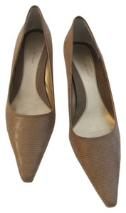 Bandolino Tan Pumps