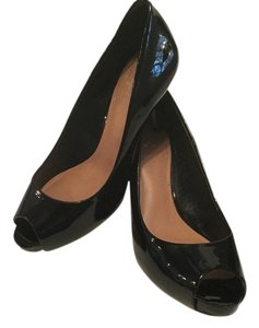 Vince Camuto Leather Peep Toe Black patent Pumps