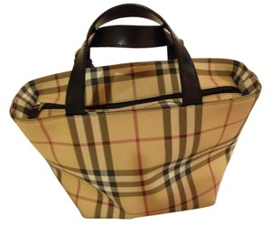 Burberry Tote in nova check beige plaid