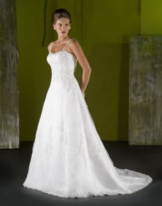 Emerald Bridal 7023 Wedding Dress