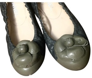 Chanel Camellia Quilted Ballerina Dark Grey with Green Toecap Flats