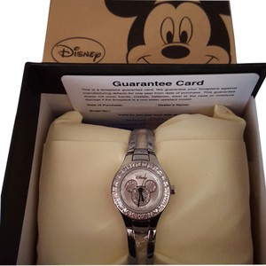 Disney Walt Disney Princess Mackey Mouse fashion wrist watch