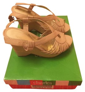 Charles David Beige Wedges