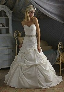 Christina Wu Ivory Taffeta 5506 Modern Wedding Dress Size 00 (XXS)