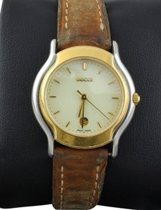 Gucci * GUCCI 8000L Ladies Watch