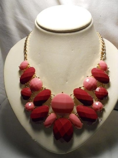 unknown faceted necklace