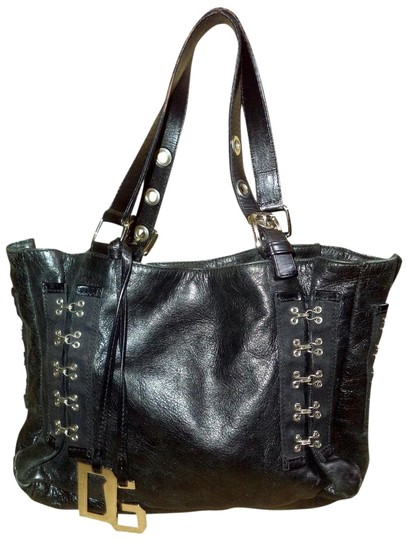 Preload https://item1.tradesy.com/images/dolce-and-gabbana-tote-hook-and-eye-black-leather-shoulder-bag-1189270-0-1.jpg?width=440&height=440