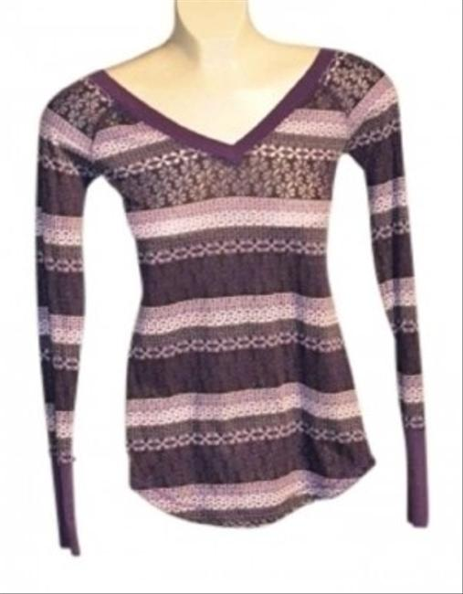 Miley Cyrus & Max Azria Nwot. Size S Long Sleeved V-neck With White And Black Pattern Throughout T Shirt purples/white