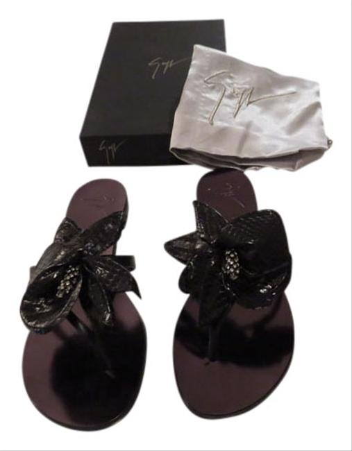 """Giuseppe Zanotti Black """"E50321"""" Crystal Accented Reptile Embossed Flower Leather Thongs Sandals Size EU 39 (Approx. US 9) Regular (M, B) Giuseppe Zanotti Black """"E50321"""" Crystal Accented Reptile Embossed Flower Leather Thongs Sandals Size EU 39 (Approx. US 9) Regular (M, B) Image 1"""