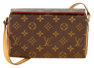 Louis Vuitton Shoulder Wristlet Monogram Clutch