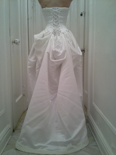 David's Bridal White Satin Couture Ball Gown Formal Wedding Dress Size 4 (S)