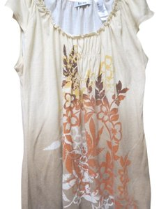 Liz & Co. Top tan with rust design