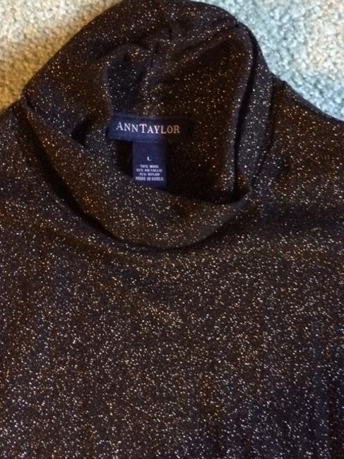 Ann Taylor Top Black and gold