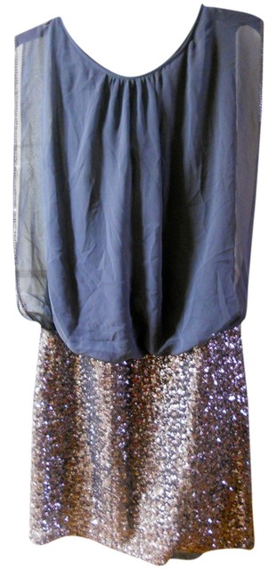 Item - Silver Above Knee Night Out Dress Size 6 (S)