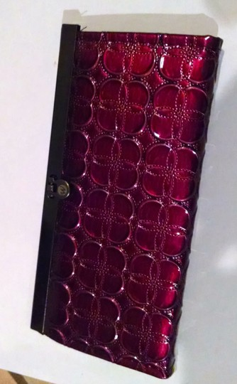 Other New Burgundy and black Wallet Clasp Closure P788