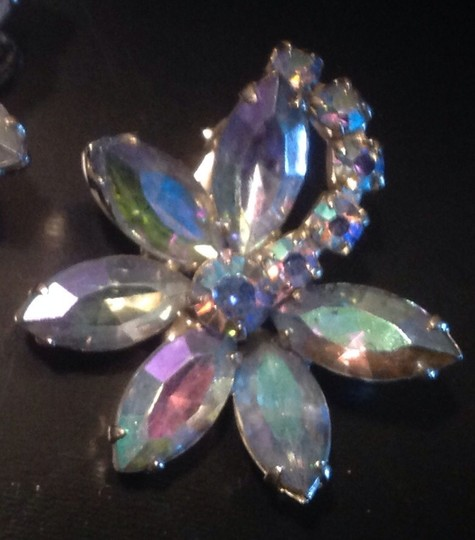 Vintage 50's Vintage Rhinestone Flower Earrings