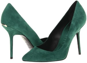 Burberry Margaery Classic Heel Green Pumps
