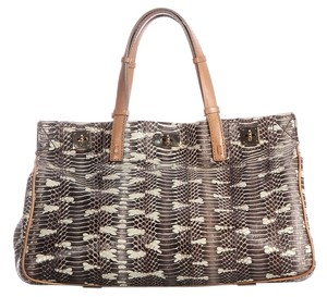 VBH Snakeskin Watersnake Limited Edition Vault Vb.k0120.08 Tote