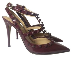 Valentino Rockstud Patent Leather Slingback burgundy Pumps