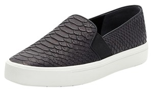 Vince Camuto black Athletic