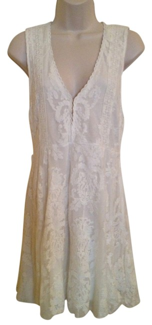 Item - Ivory Reign Over Me Above Knee Night Out Dress Size 6 (S)