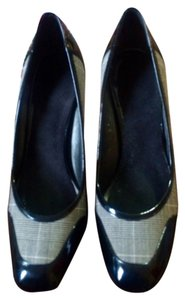 Joan & David PLAID Pumps
