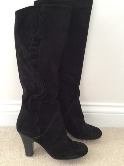 Marc by Marc Jacobs Suede Ruffle Feminine Black Boots