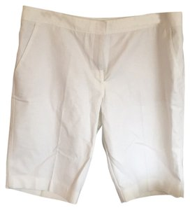 White House | Black Market Bermuda Shorts Off white