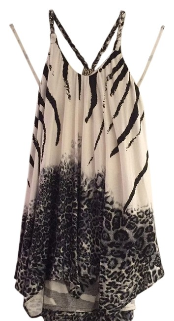 Item - White Black and Gray Top