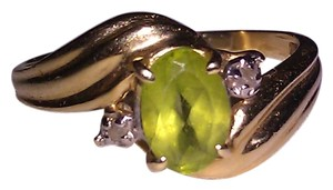 14K Solid Gold Peridot and Diamond Ring