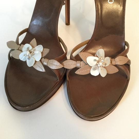 Valentino Shell Floral Strappy Tan Beige Leather Sandals Image 1
