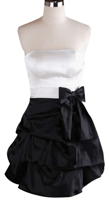 Preload https://item5.tradesy.com/images/white-black-strapless-satin-pickup-size1xl2x-above-knee-cocktail-dress-size-20-plus-1x-119324-0-0.jpg?width=400&height=650