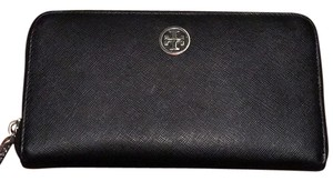 Tory Burch NEW Tory Burch Black Saffiano Continental Zip Wallet - silver hardware!