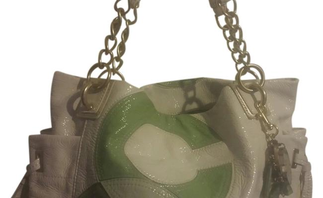 Item - Off White Patent Leather Tote