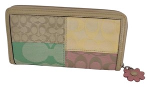 Coach ZIP AROUND ACCORDION PASTEL WALLET