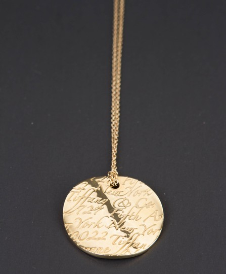 Tiffany & Co. Tiffany Notes Pendant in 18k yellow gold on 16'' chain Image 6