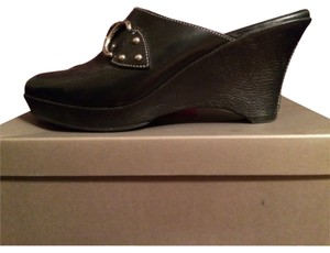 Cole Haan Blac Wedges