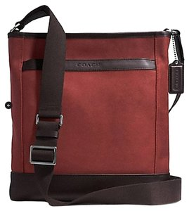 Coach Men's Camden Leather Cross Body Bag