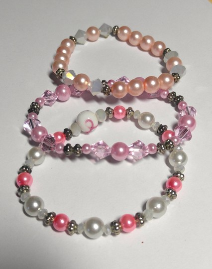Other 3 Piece Stretch Bracelet handmade Pink White A128 Image 2