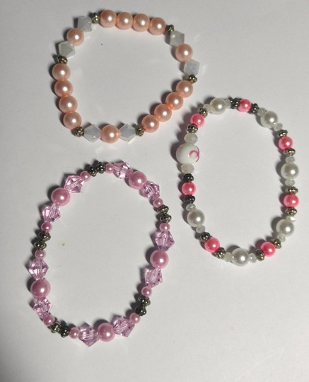 Other 3 Piece Stretch Bracelet handmade Pink White A128 Image 3