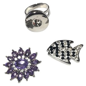 New Adjustable Snap Button Changeable Ring Silver Tone Crystals Fish J1967