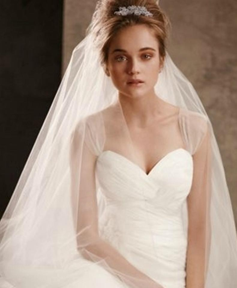 540be41e64a7 Vera Wang Ivory Long Two-tier Cathedral Length with Raw Edge Vw370024  Bridal Veil