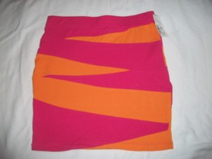 other Girl Size 10 / 12 Skirt orange in hot pink