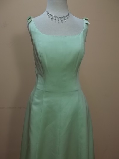 Alfred Angelo Pistachio Satin 6309 Formal Bridesmaid/Mob Dress Size 10 (M)